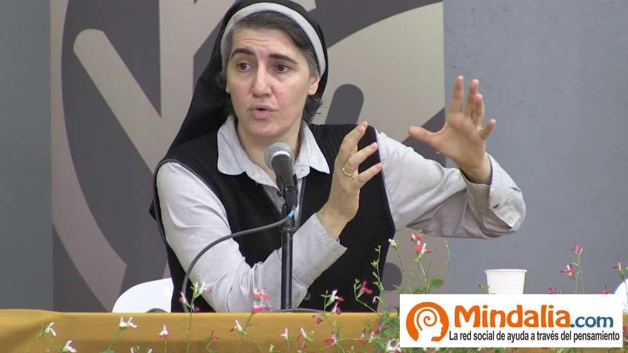 http://television.mindalia.com/wp-content/uploads/2013/11/la-medicalizacion-de-la-sociedad-por-la-dra-teresa-forcades-parte-2.jpg